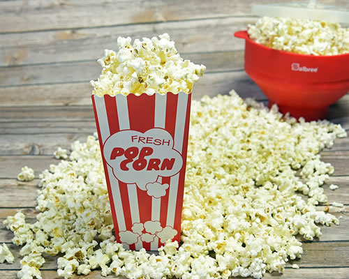 disposable popcorn boxes with popcorn